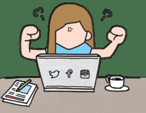 mujer enfadada con ordenador marketing